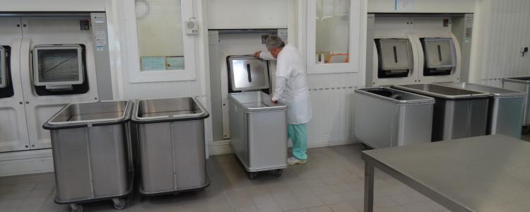 Salle propre de la blanchisserie ESAT Lancheneil à 15 minutes de Laval