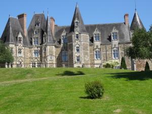 Le château de Lancheneil à 15 minutes de Laval en mayenne