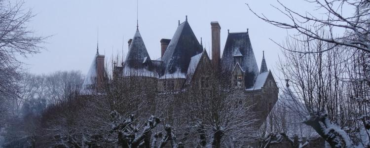 Le château de Lancheneil sous la glace
