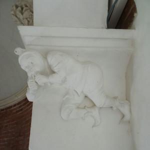 Détail de chapiteau du Château de lancheneil