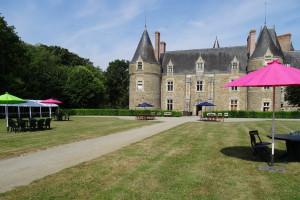 location du parc du château de Lancheneil à 15 minutes de Laval en Mayenne 53