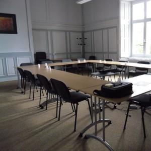 Location de salle pour formation et séminaire de 8 à 30 personnes à 15 minutes de Laval au château de Lancheneil en Mayenne 53.