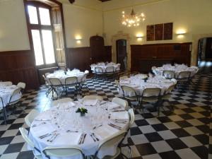 Salle du château de Lancheneil en location à 15 minutes de Laval en Mayenne