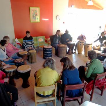 Atelier Percussions au CAJ et Foyer de vie Ionesco